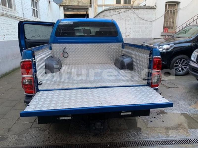 Big with watermark hilux6