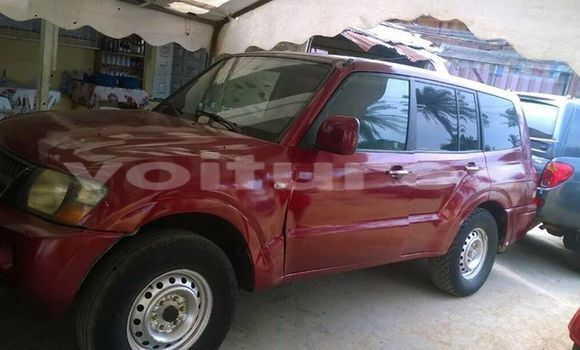 Acheter Occasion Voiture Mitsubishi Pajero Rouge à Libreville, Estuaire
