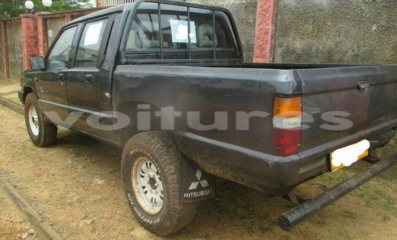 Acheter Occasion Voiture Mitsubishi L200 Noir à Libreville au Estuaire