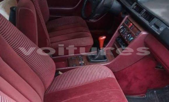 Acheter Occasion Voiture Mercedes‒Benz 230 Rouge à Libreville au Estuaire