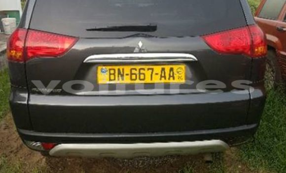 Acheter Occasion Voiture Mitsubishi Pajero Noir à Libreville au Estuaire