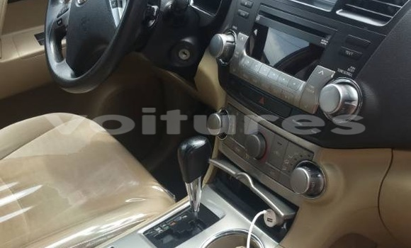 Acheter Occasion Voiture Toyota Highlander Noir à Port-Gentil au Ogooué-Maritime