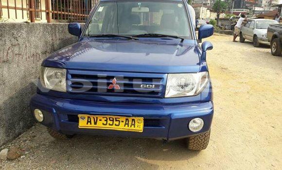 Acheter Occasion Voiture Mitsubishi Pajero Bleu à Libreville au Estuaire