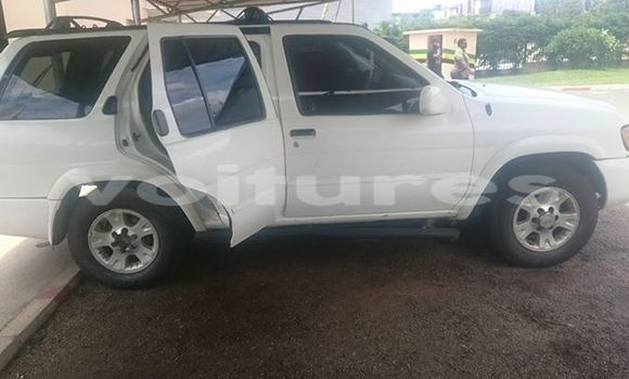 Acheter Occasion Voiture Nissan Pathfinder Blanc à Libreville au Estuaire