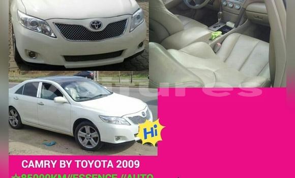 Acheter Occasion Voiture Toyota Camry Blanc à Libreville au Estuaire