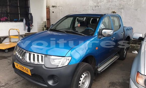 Acheter Occasion Voiture Mitsubishi L200 Bleu à Libreville au Estuaire