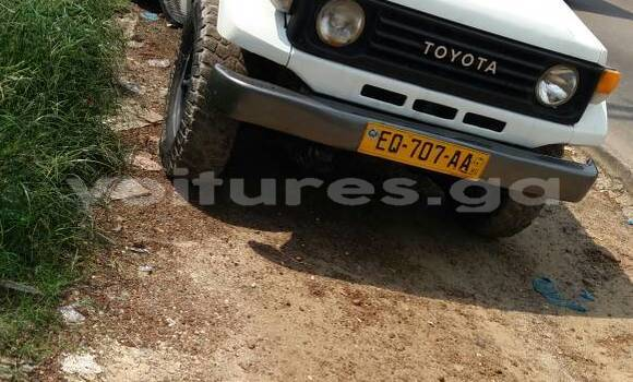 Acheter Occasion Voiture Toyota Land Cruiser Blanc à Libreville au Estuaire