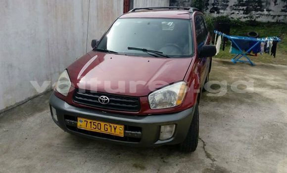 Acheter Occasion Voiture Toyota RAV4 Rouge à Libreville au Estuaire