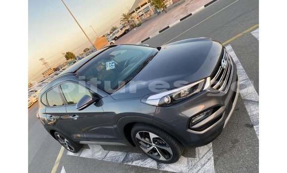 Medium with watermark hyundai tucson estuaire import dubai 5208