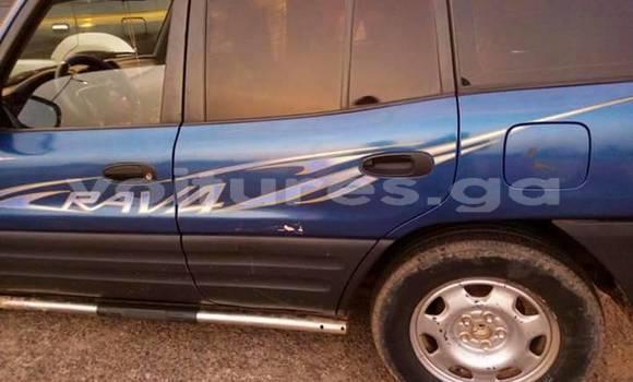 Acheter Occasion Voiture Toyota RAV4 Bleu à Libreville, Estuaire