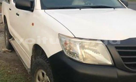 Acheter Occasion Voiture Toyota Hilux Blanc à Libreville au Estuaire