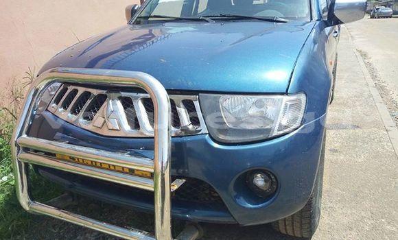 Acheter Occasion Voiture Mitsubishi L200 Bleu à Libreville, Estuaire