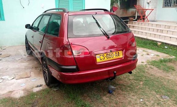 Acheter Occasions Voiture Toyota Avensis Rouge à Libreville au Estuaire