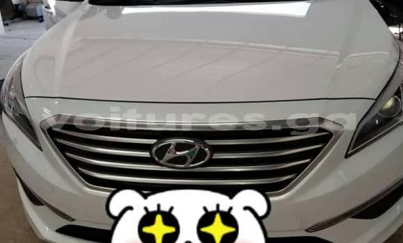 Acheter Occasions Voiture Hyundai Sonata Blanc à Libreville au Estuaire