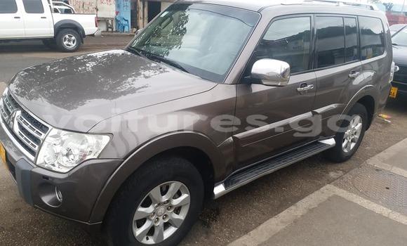 Acheter Occasions Voiture Mitsubishi Pajero Gris à Libreville, Estuaire