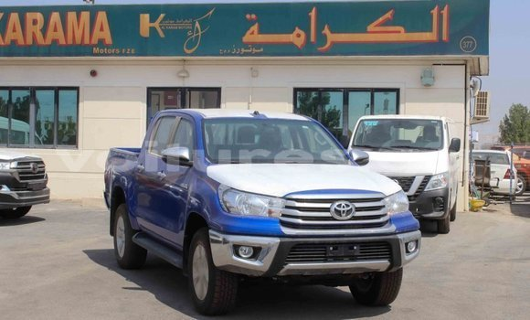 Medium with watermark toyota hilux estuaire import dubai 5977