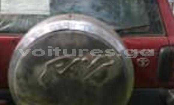 Acheter Occasions Voiture Toyota RAV4 Rouge à Libreville au Estuaire