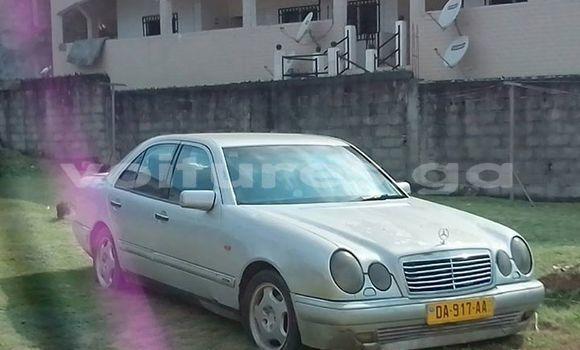 Acheter Occasions Voiture Mercedes‒Benz E–Class Gris à Libreville au Estuaire
