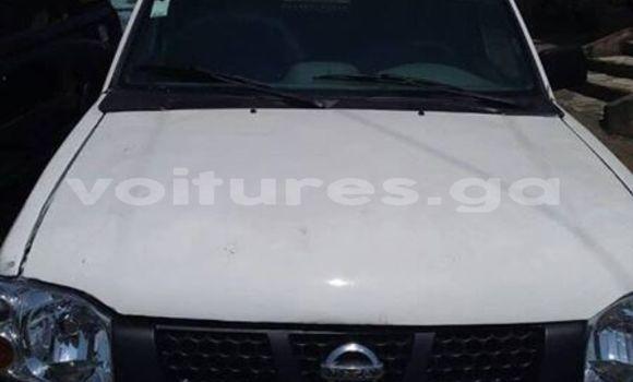 Acheter Occasions Voiture Nissan Pickup Blanc à Libreville au Estuaire