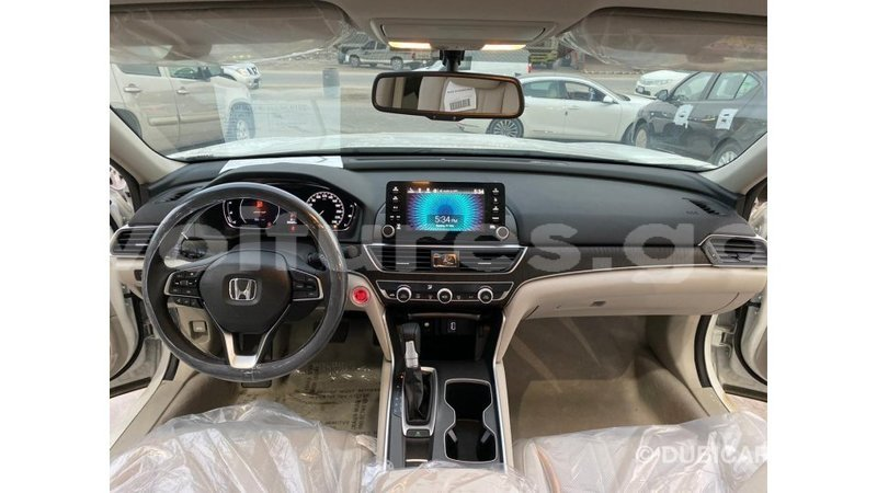 Big with watermark honda t estuaire import dubai 6154