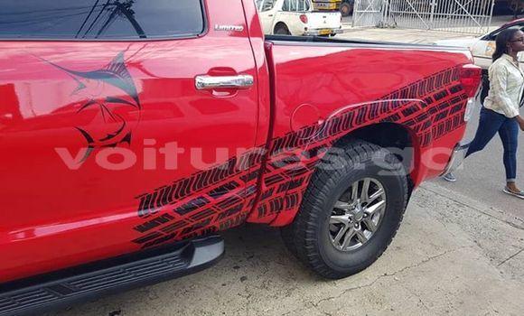 Acheter Occasions Voiture Toyota Tundra Rouge à Libreville, Estuaire