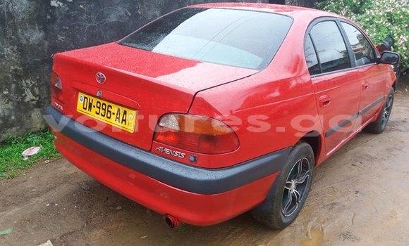 Acheter Occasion Voiture Toyota Avensis Rouge à Libreville, Estuaire