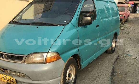 Acheter Occasion Utilitaire Toyota HiAce Vert à Libreville, Estuaire