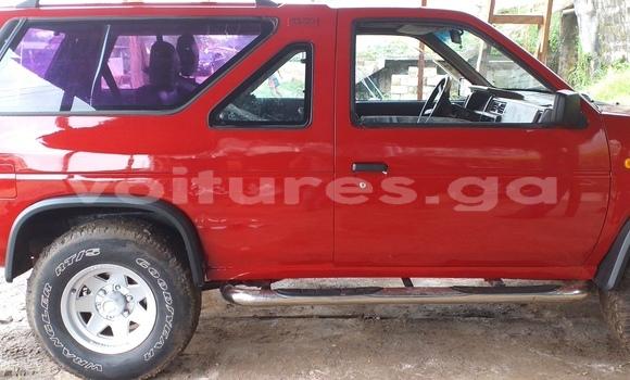 Acheter Occasion Voiture Nissan Terrano Rouge à Libreville, Estuaire