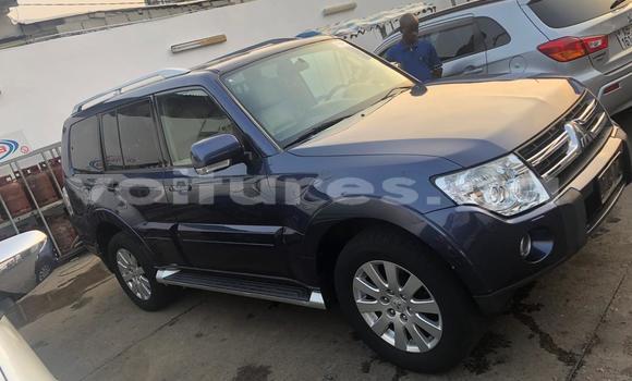 Acheter Occasion Voiture Mitsubishi Pajero Bleu à Libreville, Estuaire