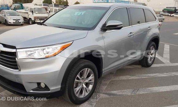 Acheter Importé Voiture Toyota Highlander Autre à Import - Dubai, Estuaire