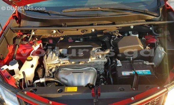 Acheter Importé Voiture Toyota RAV4 Rouge à Import - Dubai, Estuaire