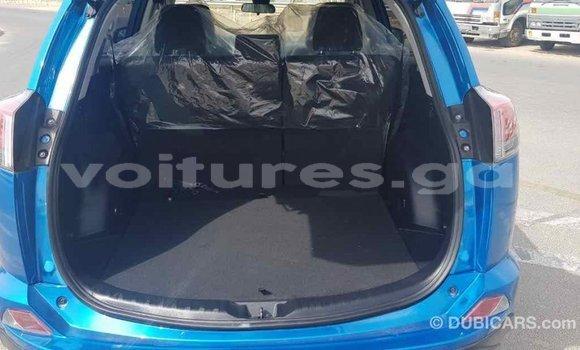 Acheter Importé Voiture Toyota RAV4 Bleu à Import - Dubai, Estuaire