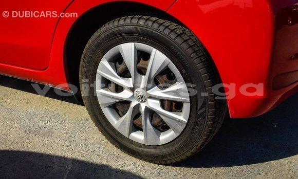 Acheter Importé Voiture Toyota Yaris Rouge à Import - Dubai, Estuaire