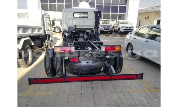 Acheter Importé Voiture Mitsubishi i Blanc à Import - Dubai, Estuaire