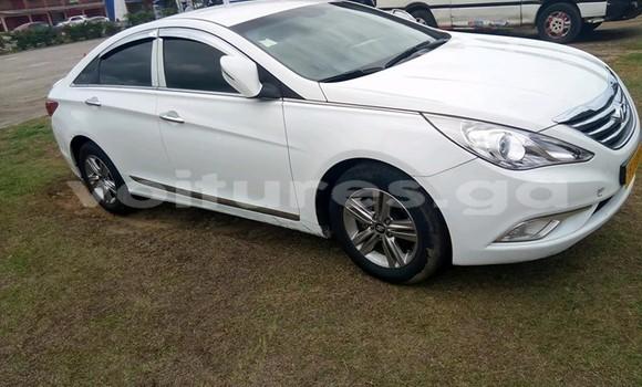 Acheter Occasion Voiture Hyundai Sonata Blanc à Libreville, Estuaire