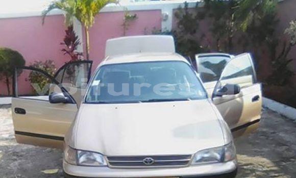Acheter Occasion Voiture Toyota Carina E Beige à Libreville, Estuaire
